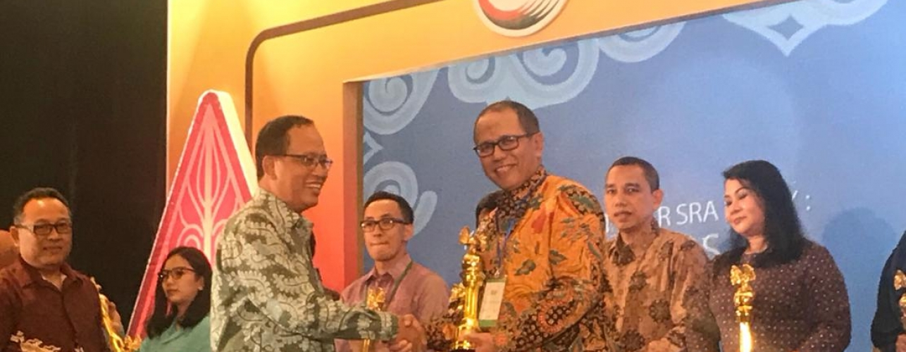 PRESS RELEASE: Pupuk Indonesia Raih Best Sustainability Report 2016